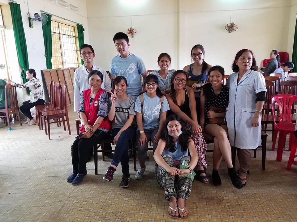 dental-clinic-group-2016